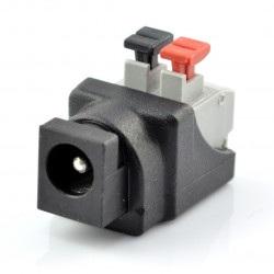Gniazdo DC φ5.5 x 2.1 mm z szybkozłączem