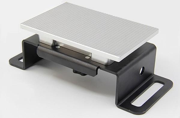 Platforma drukująca w Flashforge Hunter DLP.