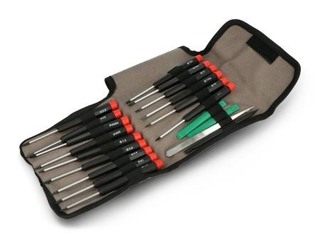 Narzędzia zostały umieszczone w wygodnym i poręcznym pokrowcu.